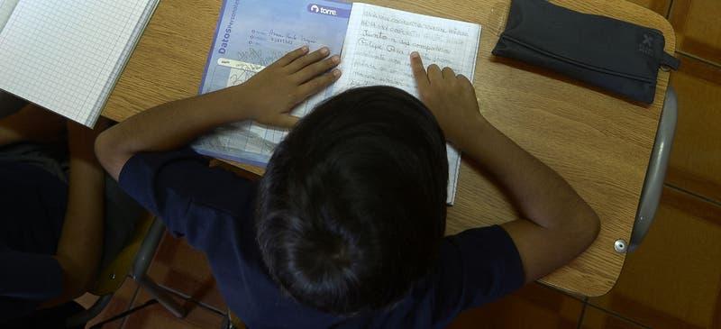 Presentan proyecto para eliminar notas durante el año escolar 2020