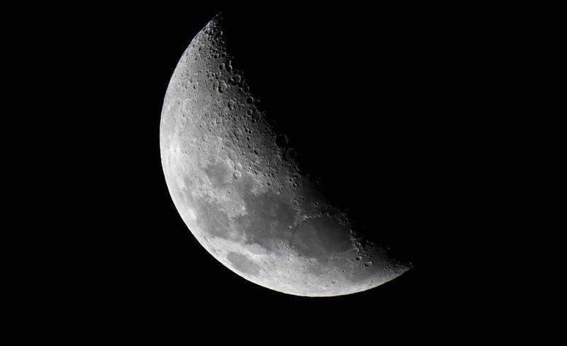 La NASA confirma que la mujer pisará la Luna por primera vez en 2024