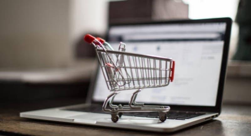 La guía rápida para entender las obligaciones tributarias de emprendedores con tiendas online
