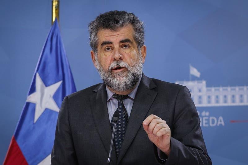 Ex subsecretario Rodrigo Ubilla vuelve a La Moneda a colaborar como asesor de la Presidencia