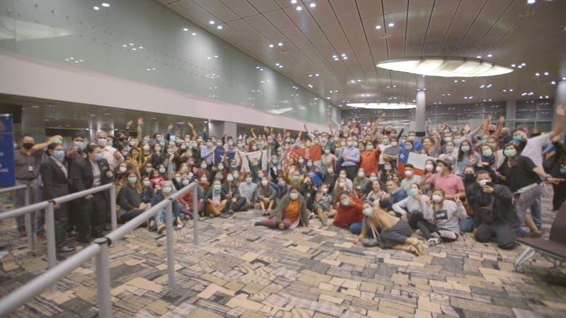 240 chilenos retornan al país desde Asia