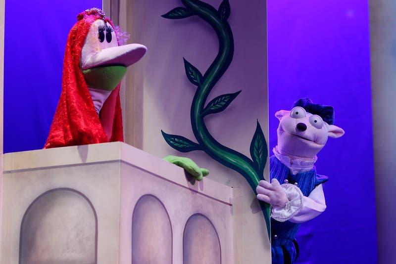 """[VIDEO] """"Romeo y Julieta"""" de 31 Minutos se podrá ver gratis en el streaming de Teatro a Mil"""