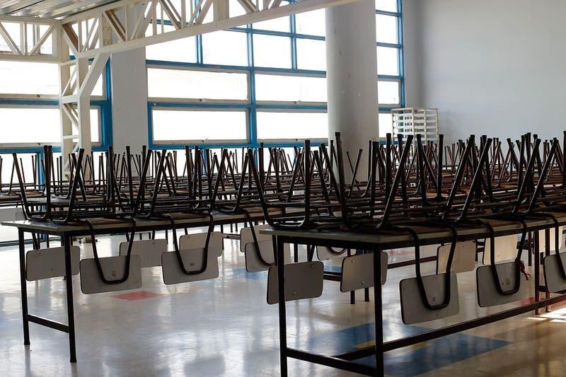 Colegios de Pirque y Vitacura serán los primeros en volver a clases en la región Metropolitana