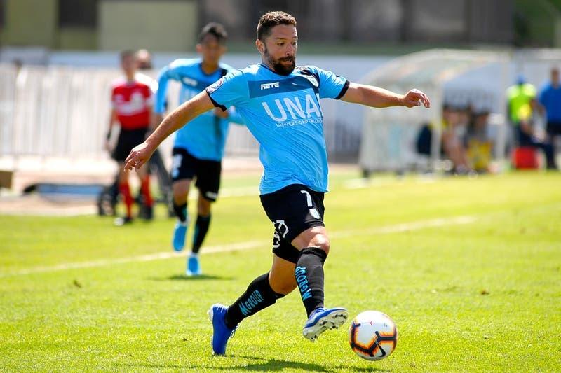 """""""Colocho"""" Iturra anuncia su retiro del fútbol a los 35 años"""