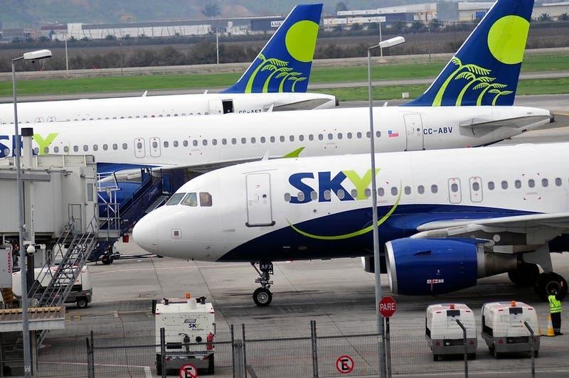 No se utilizarán los asientos centrales: SKY retoma vuelos en junio con nuevo protocolo de seguridad