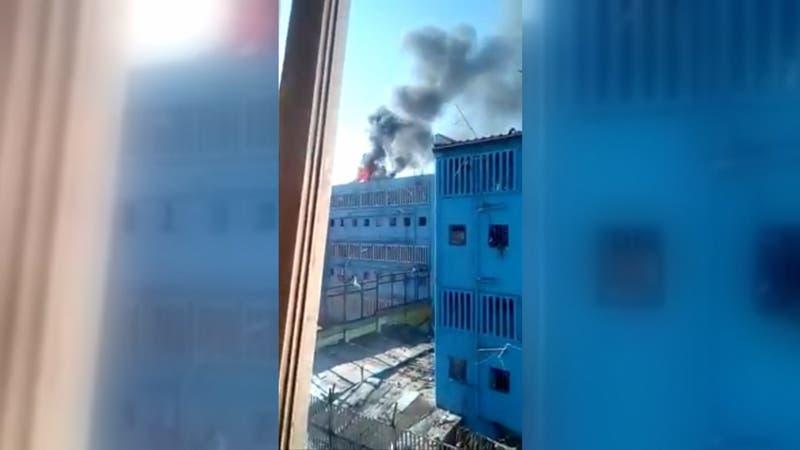 Intento de motín en Colina I: 36 internos heridos y 12 gendarmes