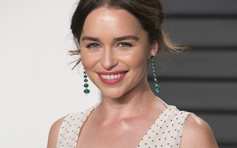 Esta es la chilena que la rompe en TikTok por su gran parecido a Emilia Clarke