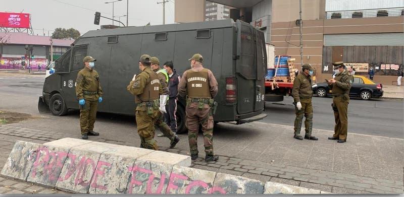 Gobierno presenta querella contra cuatro detenidos por saqueo a carnicería en Quilicura