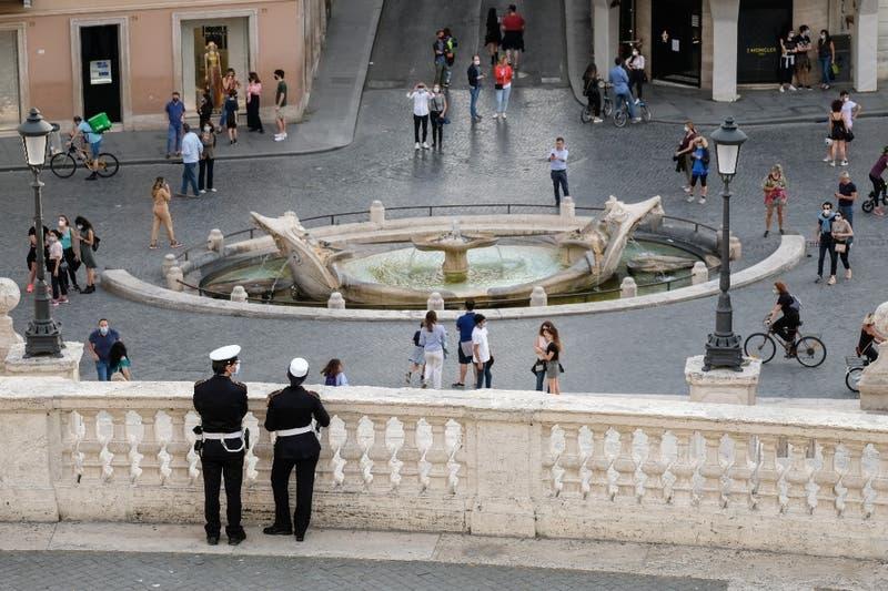 Capos mafiosos de Italia percibieron medio millón de euros en subsidio para pobres