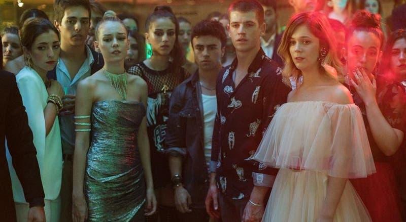 """Actores de """"Élite"""" confirman cuarta temporada de la serie con especial video"""