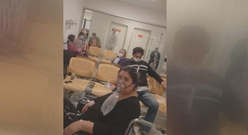 Mujer de Cerro Navia esperó casi cuatro días en una silla de ruedas para ser atendida