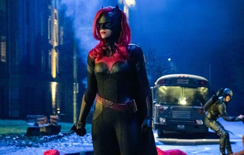Batwoman no reemplazará el personaje de Ruby Rose, hará uno nuevo