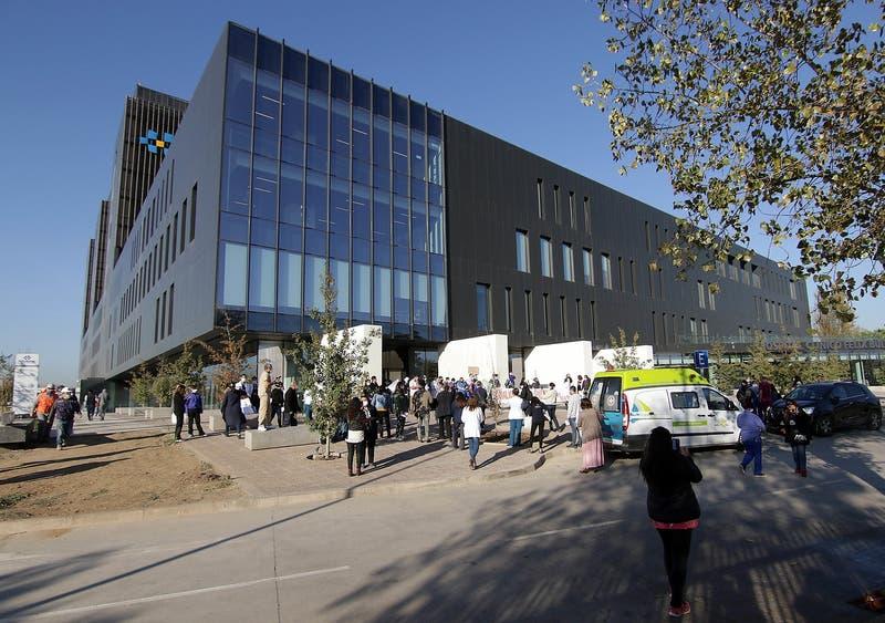 COVID-19: Inician auditoría por muerte de paciente con síndrome de Down en hospital Félix Bulnes