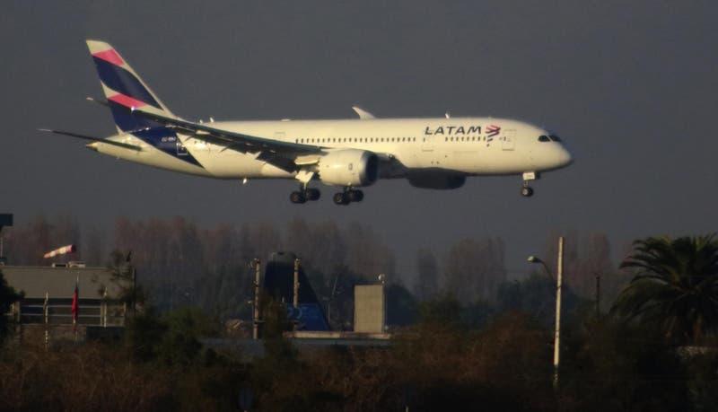 Latam Airlines toma medidas en Argentina y paraliza las operaciones domésticas de forma indefinida