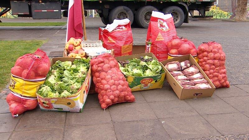 [VIDEO] La donación de los Huasos de Chile: Entregan 113 toneladas de alimentos para ollas comunes