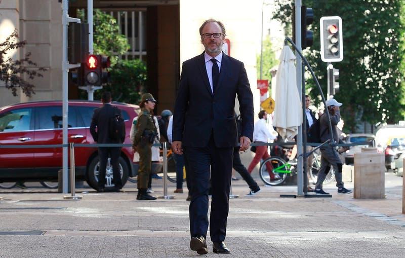 """Bernardo Larraín: """"En el acuerdo, la recuperación económica está menos precisa y es menos robusta"""""""