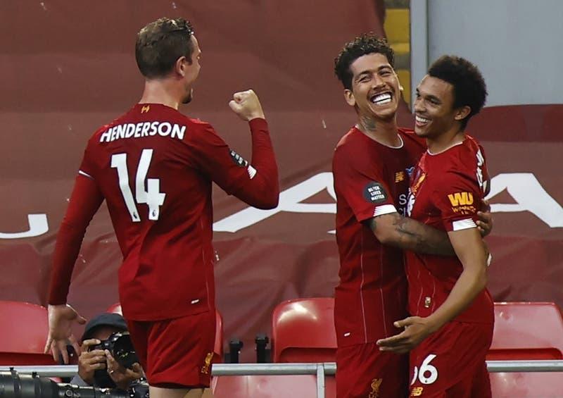 Liverpool campeón de la Premier League por primera vez tras derrota del Manchester City