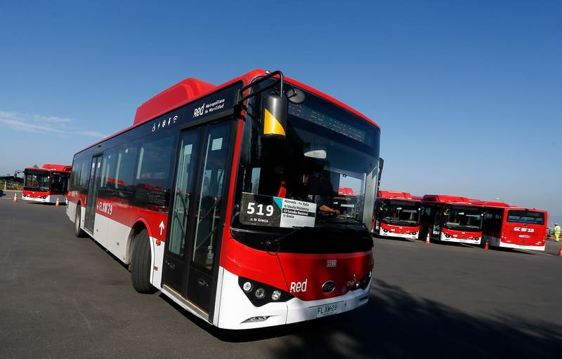Ministerio de Transportes duplicará flota de buses RED en los próximos dos meses