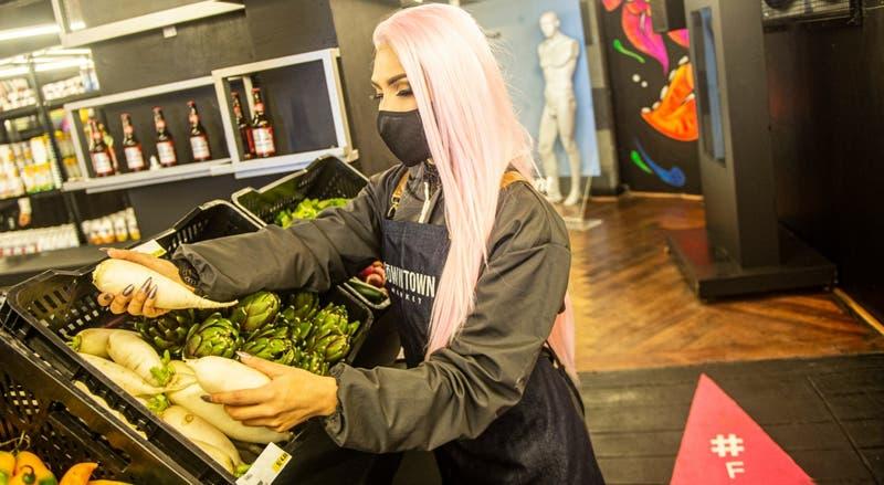 Reconocida discoteca gay de Lima reabre como supermercado por la pandemia