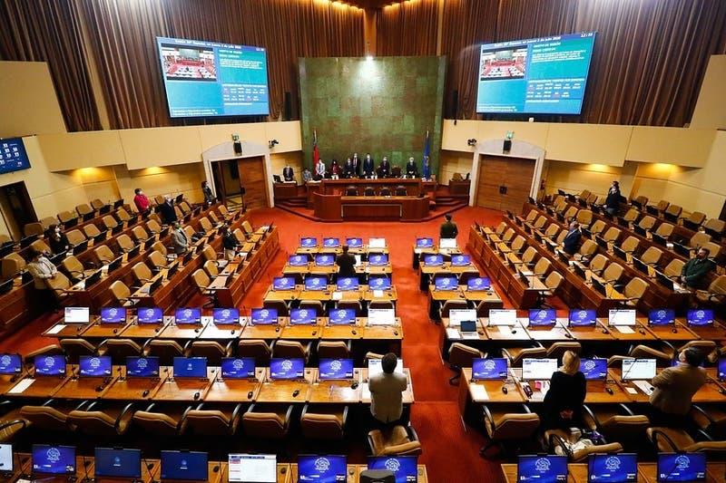 Cámara da luz verde a posnatal de emergencia tras fracaso de negociación del gobierno con RN