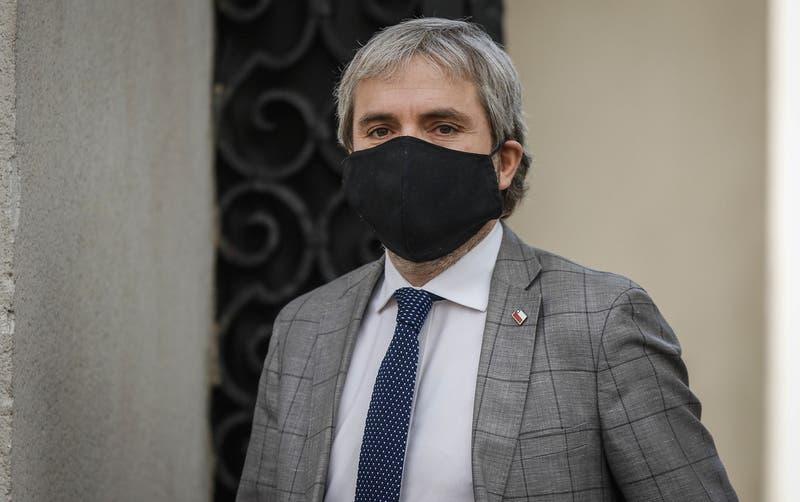 """""""Era la decisión correcta"""": Blumel defiende promulgación de límite a la reeleción parlamentaria"""