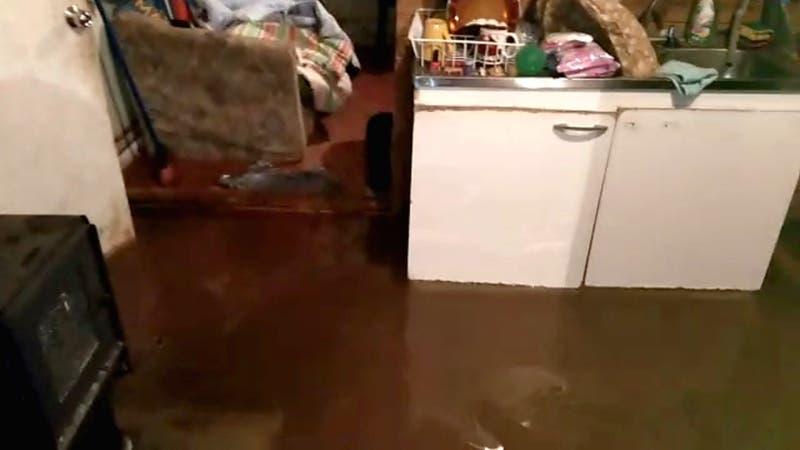 Temporales afectan a la zona sur: Inundaciones y accidentes por lluvia y granizos