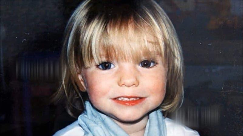 Inician búsqueda de Madeleine McCann dentro de pozos cercanos a playa en que desapareció