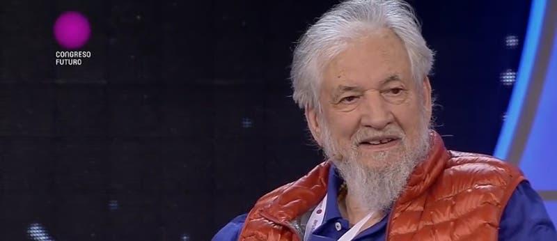 """Ia13: La fuerte crítica del psiquiatra Claudio Naranjo hacia la """"estafa"""" de la educación"""