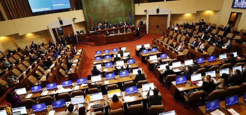 Senado discute y vota proyecto del retiro del 10% de pensiones