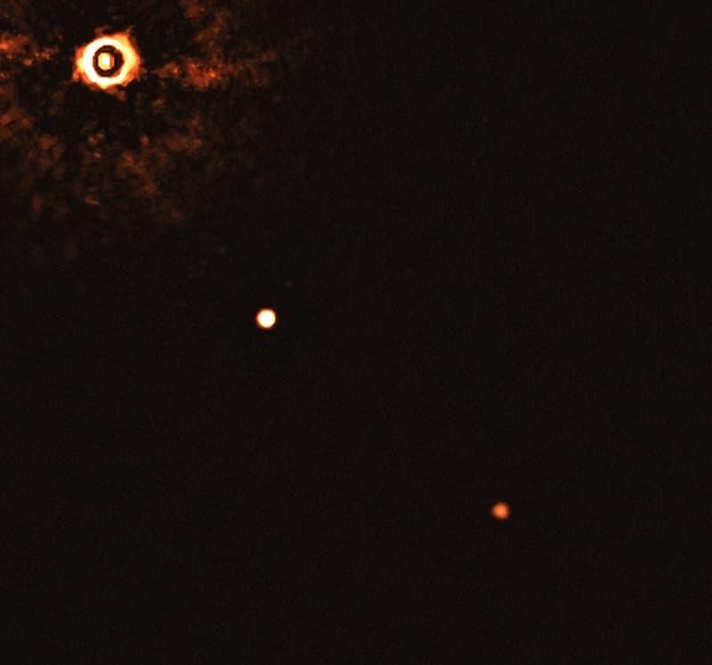 Captan desde Chile primera imagen de otro sistema solar como el nuestro con dos planetas