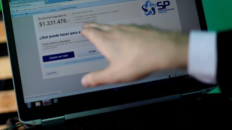 PDI alerta sobre nueva estafa: ahora utilizan el retiro del 10% de los fondos de pensiones
