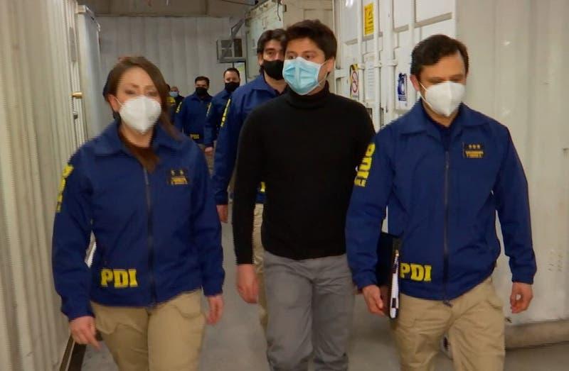 Chileno acusado de asesinato de japonesa en Francia llega a París tras ser extraditado