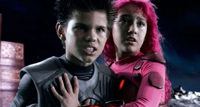 Con Pedro Pascal: 'Skarkboy' y 'Lavagirl' regresarán como padres en nueva película de Netflix