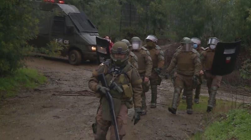 Disparan y descarrilan tren en La Araucanía
