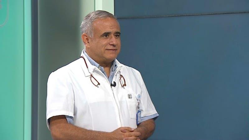 """Doctor Sebastián Ugarte reconoce que le """"parece interesante"""" una candidatura como constituyente"""