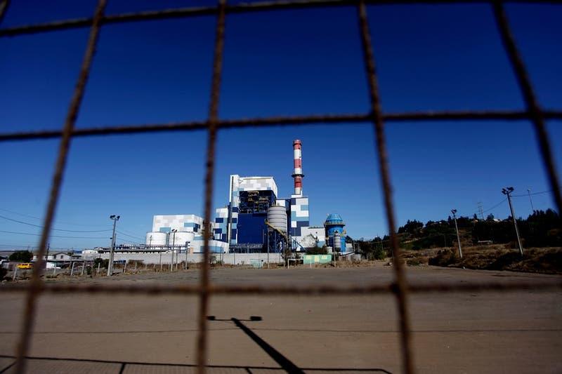 Comisión de Medio Ambiente aprueba cierre de centrales termoeléctricas para 2025