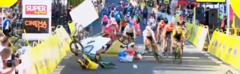 [VIDEO] Impresionante caída marca la primera etapa de la Vuelta a Polonia