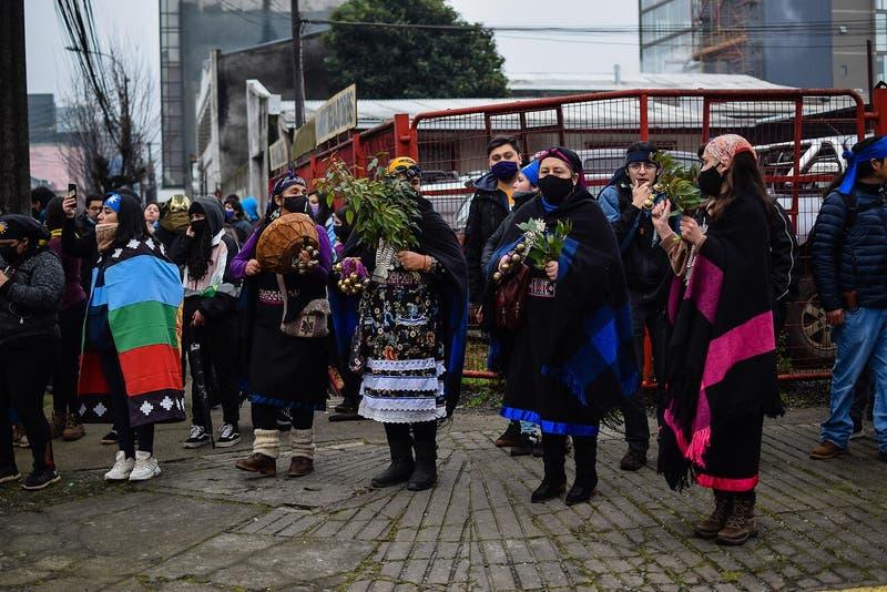 Cadem: 76% indica que el pueblo mapuche es discriminado por la sociedad chilena