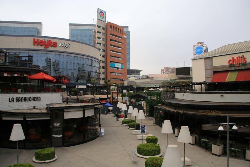 Parque Arauco y Apumanque siguen la tendencia y comienzan reapertura gradual de sus tiendas