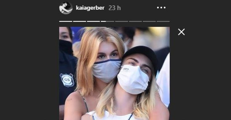 Kaia Gerber y Cara Delevingne se tatúan: Almas gemelas