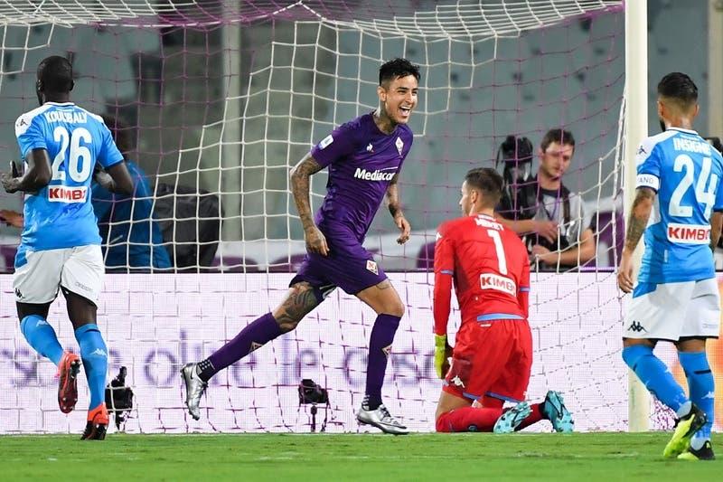 Hinchas de la Fiorentina premiaron a Erick Pulgar por brillante asistencia