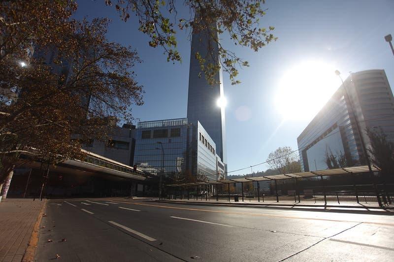 Costanera Center inicia apertura gradual a partir de este martes