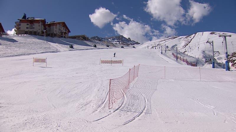 [VIDEO] Centros de esquí abren sus puertas por el día