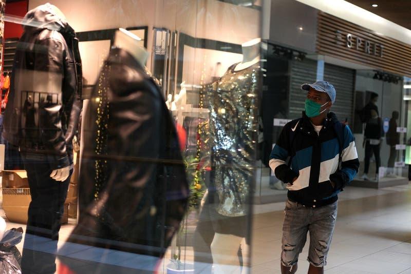 Las nuevas tiendas que reabrieron en el Costanera Center