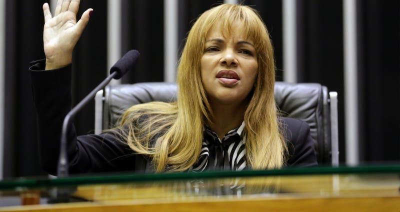 Diputada brasileña es procesada por tramar asesinato de su marido