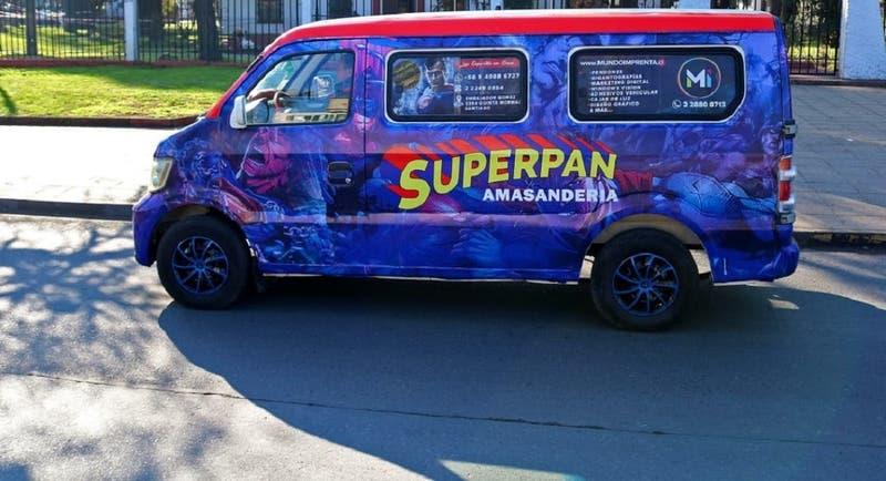 Superpan vs Superman: Chileno pelea para registrar marca de amasandería