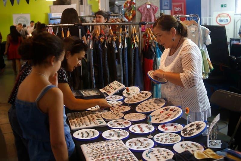 Cuatro iniciativas que apoyan el crecimiento mujeres emprendedoras