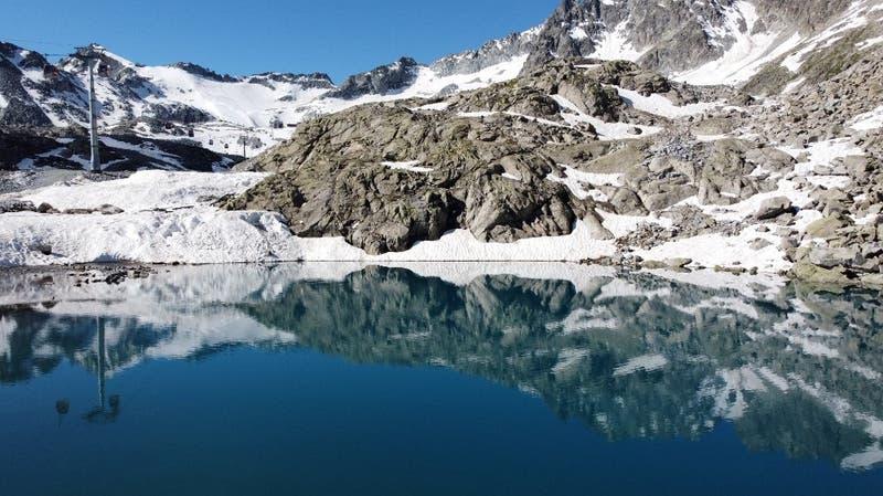 Cambio climático aumentó el volumen de los lagos glaciares en un 50% en los últimos 30 años