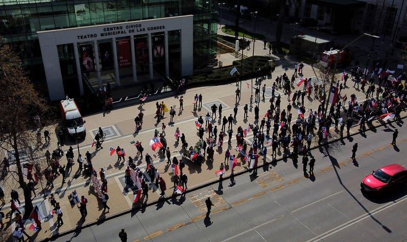 Marcha del Rechazo: Tres detenidos son formalizados y se ordena prohibición de acercarse