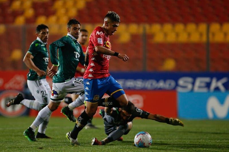 Unión Española vence a Wanderers y se pone a dos puntos del liderato del torneo